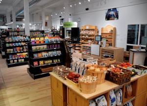 Bizz - Coopérative d'alimentation locale qui tire profit du partenariat FCAQ - CDRQ